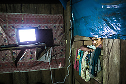 Electricity in Vrae are unreliable, to say the least. But tonight it's on, so at Margherita Guamang's place, the tv is on. But it is more of a rule than exception that the villages in Vrae are totally black at night.