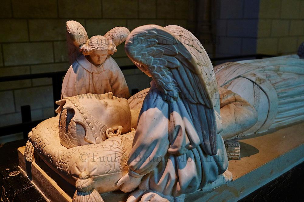 France, Indre-et-Loire (37), Loches, la cité médiévale, Eglise St-Ours, collégiale Notre Dame, le gisant d'Agnès Sorel // France, Indre-et-Loire (37), Loches, St-Ours church, collegiate Notre Dame, Agnes Sorel recumbent statue
