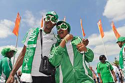 26.06.2011, Rhein-Neckar-Arena, Sinsheim, GER, FIFA Women´s Worldcup 2011, GRUPPE A, NIGERIA (NGA) vs FRANKREICH (FRA) , im Bild Nigerianische Fans vor dem Stadion  // during the FIFA Women´s Worldcup 2011, Pool A, Nigeria (NGA) vs France (FRA) on 2011/06/26, Rhein-Neckar-Arena, Sinsheim, Germany. EXPA Pictures © 2011, PhotoCredit: EXPA/ nph/  Roth       ****** out of GER / SWE / CRO  / BEL ******