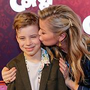 NLD/Amsterdam/20190210- première Corgi, Bridget Maasland en zoon Mees