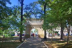 Arco do Triunfo (monumento ao expedicionario) na Praça Getúlio Vargas, no centro de Alegrete. FOTO: Jefferson Bernardes/Preview.com