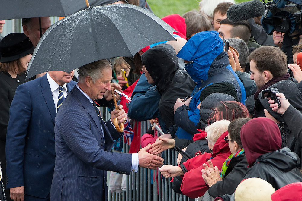 The Prince of Wales and The Duchess of Cornwall meet the crowd as they visit the National War Memorial, Wellington, New Zealand, on  Wednesday, November 04, 2015. Credit: SNPA / David Rowland
