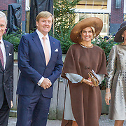 NLD/Amsterdam/20161128 - Belgisch Koningspaar start staatsbezoek aan Nederland, Koning Filip met koning Willem alexander en Koningin Maxima en Koningin Mathilde