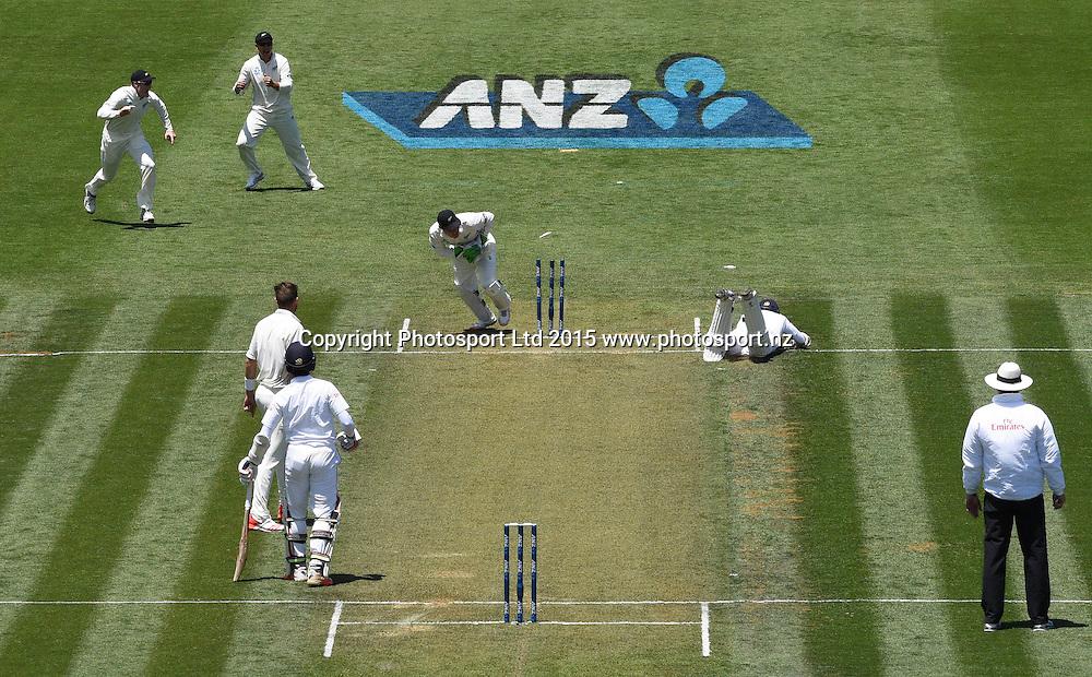 BJ Watling runs out Jayasundera on day 1 of the 2nd cricket test match between New Zealand Black Caps and Sri Lanka at Seddon Park in Hamilton, New Zealand. Friday 18 December 2015. Copyright photo: Andrew Cornaga / www.photosport.nz