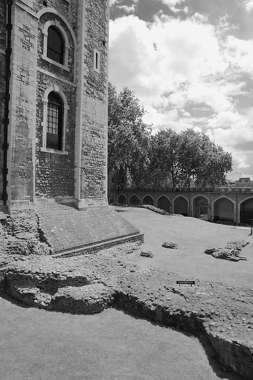 Tower Of London Cold Harbour Gate - London - Infrared Black & White