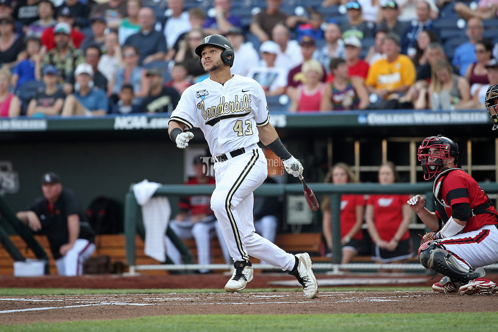 Zander Wiel #43 of the Vanderbilt Commodores bats during Game 2 of the 2014 Men's College World Series between the Vanderbilt Commodores and Louisville Cardinals at TD Ameritrade Park on June 14, 2014 in Omaha, Nebraska. (Brace Hemmelgarn)