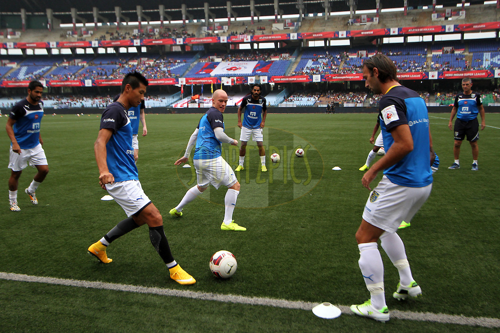 Kerala Blasters FC players during practice session before the match 13 of the Hero Indian Super League between Atl&eacute;tico de Kolkata and Kerala Blasters FC held at the Salt Lake Stadium in Kolkata, West Bengal, India on the 26th October 2014.<br /> <br /> Photo by:  Deepak Malik/ ISL/ SPORTZPICS