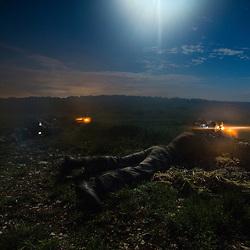 Entra&icirc;nement des tireurs d'&eacute;lite de la STELD du 1er R&eacute;giment d'Infanterie au camp militaire de Caylus. Tir de jour et de nuit au fusil Hecate II et FRF2, progression de tireurs en ghillie, course &agrave; pied et coop&eacute;ration avec des tireurs allemands dans le cadre de la pr&eacute;paration au challenge de tir du CEITO.<br /> Mai 2017 / Caylus (82) / FRANCE<br /> Voir le reportage complet (150 photos) http://sandrachenugodefroy.photoshelter.com/gallery/2017-05-STELD-du-1er-RI-a-Caylus-Complet/G00005sis1Z_BBRQ/C0000yuz5WpdBLSQ