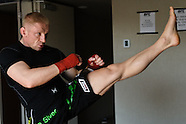Dennis Siver trains for UFC 127