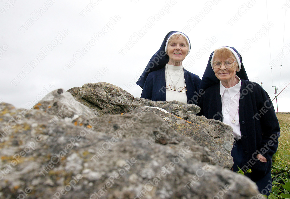 15.08.05.<br /> Twin sisters, (l-r) Sr. Celine O'Dea and Sr. Ann-Marie O'Dea, Ballygannon, Co. Clare who are celebrating their 50 year Golden Jubilee in the Nazereth House Order. Picture: Alan Place/Press 22.