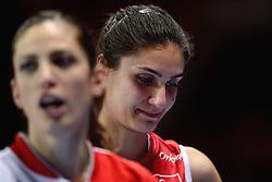 09-01-2016 TUR: European Olympic Qualification Tournament Turkije - Italie, Ankara<br /> De strijd om de tweede Japan ticket wordt gewonnen door Italie. Turkije verliest in de 5de set met 13-15 / Kubra Akman #5 of Turkey