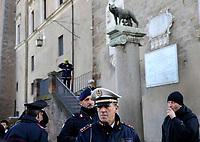 CAMPIDOGLIO LUPA CAPITOLINA VIGILI URBANI FORZE DELL'ORDINE