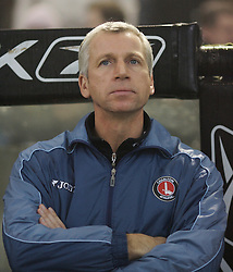 Bolton, England - Wednesday, January 31, 2007: Charlton Athletic's manager Alan Pardew during the Premiership match against Bolton Wanderers at the Reebok Stadium. (Pic by David Rawcliffe/Propaganda)
