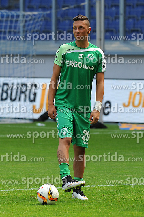 29.08.2015, Duisburg, GER, 2. FBL, MSV Duisburg vs SpVgg Greuther Fuerth, 5. Runde, im Bild Robert Zulj ( SpVgg Greuther Fuerth ) // during the 2nd German Bundesliga 5th round match between MSV Duisburg and SpVgg Greuther Fuerth at the Schauinsland Reisen Arena in Duisburg, Germany on 2015/08/29. EXPA Pictures &copy; 2015, PhotoCredit: EXPA/ Eibner-Pressefoto/ Thienel<br /> <br /> *****ATTENTION - OUT of GER*****