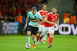 LILLE, FRANCE - Friday, July 1, 2016: Belgium's Toby Alderweireld and Wales' Sam Vokes during the UEFA Euro 2016 Championship Quarter-Final match at the Stade Pierre Mauroy. (Pic by David Rawcliffe/Propaganda)