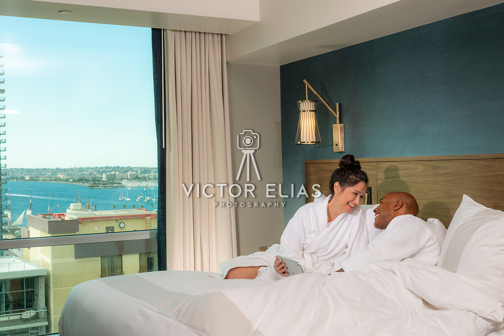 Carté Hotel San Diego. Curio Collection by Hilton. Lifestyle photo shoot. Photo by: Victor Elias Photography.