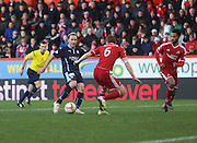 Gary Irvine strikes to equalise for Dundee and end Aberdeen's eight game clean sheet run -  Aberdeen v Dundee, SPFL Premiership at Pittodrie <br />