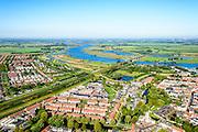Nederland, Gelderland, Neder-Betuwe, 30-09-2015;  nieuwbouwwijken van  Culemborg, rivier de Lek in het verschiet. <br /> Culemborg and river Lek..<br /> luchtfoto (toeslag op standaard tarieven);<br /> aerial photo (additional fee required); copyright foto/photo Siebe Swart.