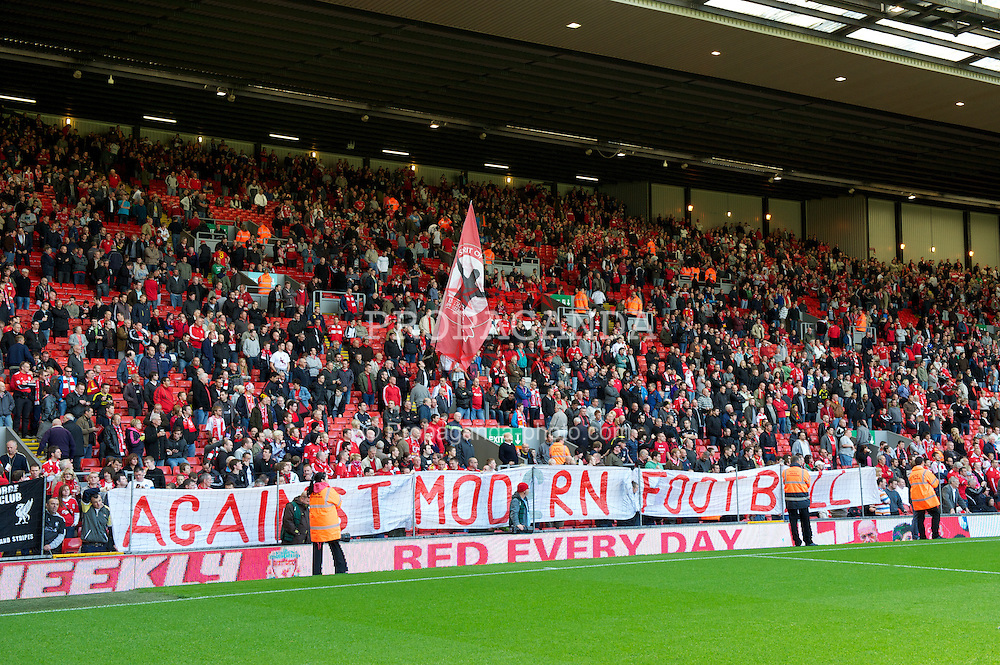 LIVERPOOL, ENGLAND - Saturday, September 25, 2010: Liverpool's xxxx and Sunderland's xxxx during the Premiership match at Anfield. (Photo by David Rawcliffe/Propaganda)