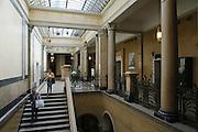 Heidelberg, Inneres der Universitätsbibliothek (Jugendstil), Treppenhaus, Baden-Württemberg, Deutschland.| .Heidelberg, library of university, art nouveau, Baden-Wurttemberg, Germany.