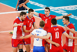 20170617 NED: FIVB Volleybal World League 2017 The Netherlands - Slovakia: Den Haag <br />Team Slovakia celebrate a point<br />&copy;2017-FotoHoogendoorn.nl / Pim Waslander