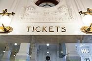 King Street Station i Seattle har genomg&aring;tt en grundlig renovering. Ny stukatur och nya skyltar som reflekterar den l&aring;nga historia som stationen har i Seattle.<br /> <br /> Foto: Christina Sj&ouml;gren
