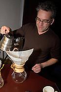 Workshop Slow Coffee door Joost Leopold aan de Leopold Koffieschool in Utrecht. (www.koffieschool.nl)