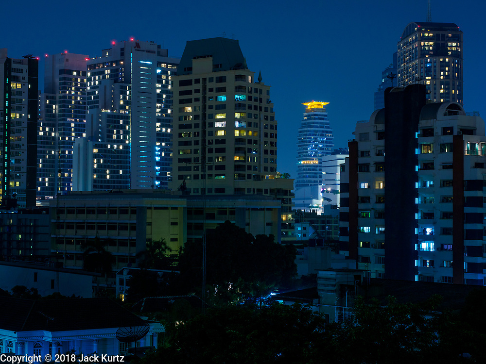 "24 MARCH 2018 - BANGKOK, THAILAND: Time exposures of Sukhumvit Road, around Soi 22 and Emporium shopping mall in Bangkok, Thailand. Made during ""Earth Hour"" on March 24.     PHOTO BY JACK KURTZ"