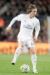 02.04.2016, Camp Nou, Barcelona, ESP, Primera Division, FC Barcelona vs Real Madrid, 31. Runde, im Bild Real Madrid's Luka Modric // during the Spanish Primera Division 31th round match between Athletic Club and Real Madrid at the Camp Nou in Barcelona, Spain on 2016/04/02. EXPA Pictures © 2016, PhotoCredit: EXPA/ Alterphotos/ Acero<br /> <br /> *****ATTENTION - OUT of ESP, SUI*****