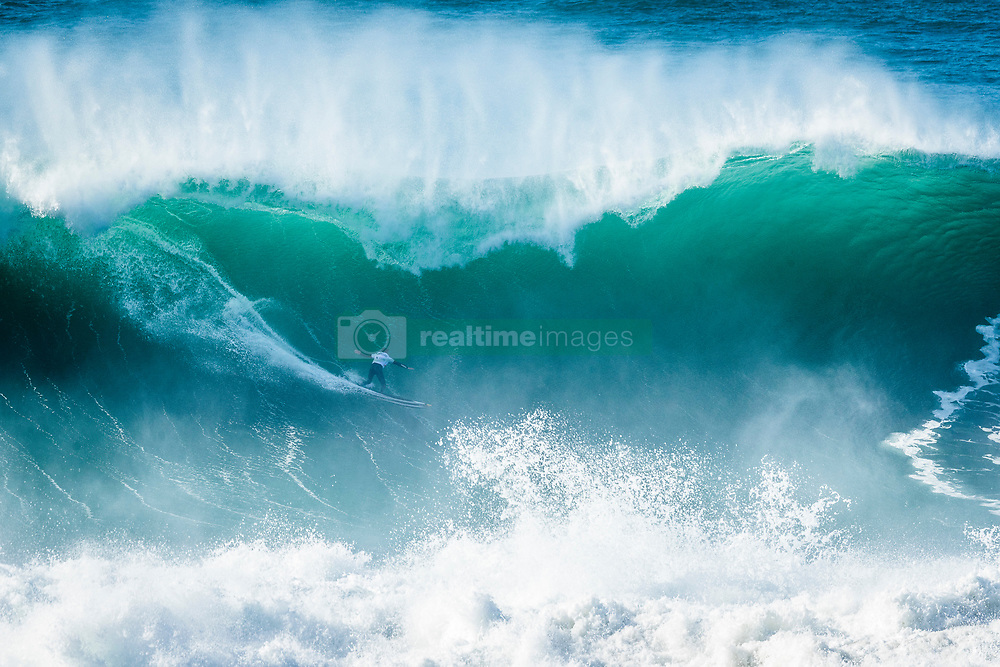 Natxo Gonzalez (EUK) placed 2nd in SemiFinal 2  at the Nazaré Challenge 2018 despite a perfetct 10