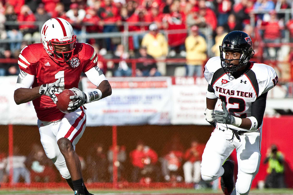17 October 2009: Nebraska wide receiver Chris Brooks gets 26 yards for the first down in the second quarter against Texas Tech at Memorial Stadium, Lincoln, Nebraska. Texas Tech defeats Nebraska 31 to 10.