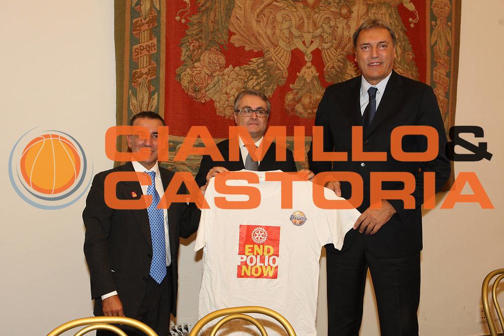DESCRIZIONE : Roma Lega A 2009-10 Campidoglio Presentazione campionato<br /> GIOCATORE : Dino Meneghin Polio Valentino Renzi<br /> SQUADRA : Lega Basket <br /> EVENTO : Campionato Lega A 2009-2010 <br /> GARA : <br /> DATA : 03/10/2009<br /> CATEGORIA : presentazione ritratto<br /> SPORT : Pallacanestro <br /> AUTORE : Agenzia Ciamillo-Castoria/G.Ciamillo