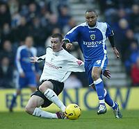 Photo: Aidan Ellis.<br /> Preston NE v Cardiff City. Coca Cola Championship.<br /> 19/11/2005.<br /> Cardiff's Jeff Whitley battles with Preston's David Jones