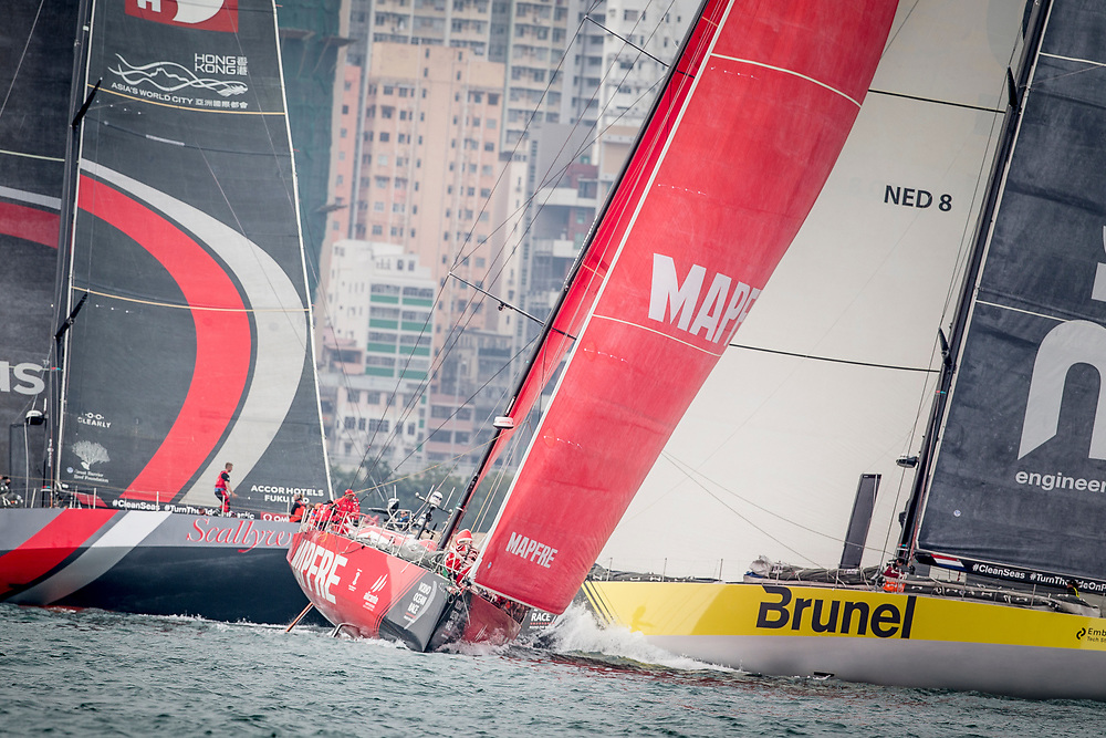 © Maria Muina I MAPFRE Start of Leg 6 towards Auckland./ Salida de la etapa 6 rumbo a Auckland.