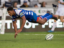 Stormers' Damian Willemse dives after scoring a try against the Highlanders in the Super Rugby match, Forsyth Barr Stadium, Dunedin, New Zealand, Friday, March 9, 2018. Credit:SNPA / Adam Binns ** NO ARCHIVING**