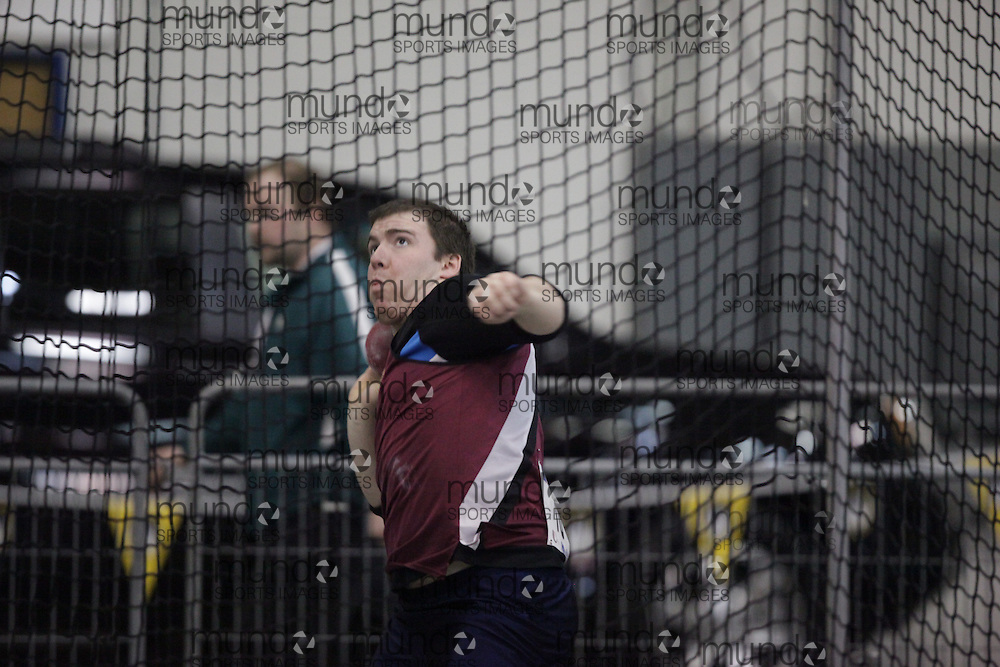 Windsor, Ontario ---14/03/09--- \cis\ competes in the shot put at the CIS track and field championships in Windsor, Ontario, March 14, 2009..GEOFF ROBINS Mundo Sport Images