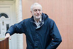 © Licensed to London News Pictures. 30/03/2018. London, UK. JEREMY CORBYN, Labour Party leader leaves his north London home this morning. Photo credit: Vickie Flores/LNP