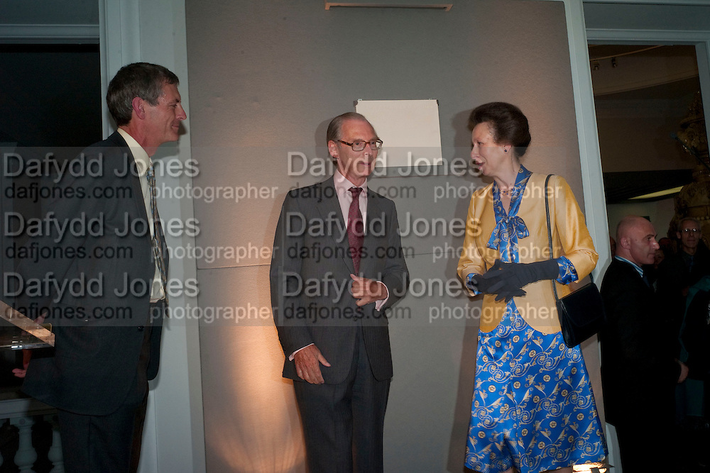 MARK JONES; SIR TIM SAINSBURY; THE PRINCESS ROYAL, Opening of the V. and A.'s New Ceramics Galleries by the Princess Royal. V. & A. London. 16 September 2009