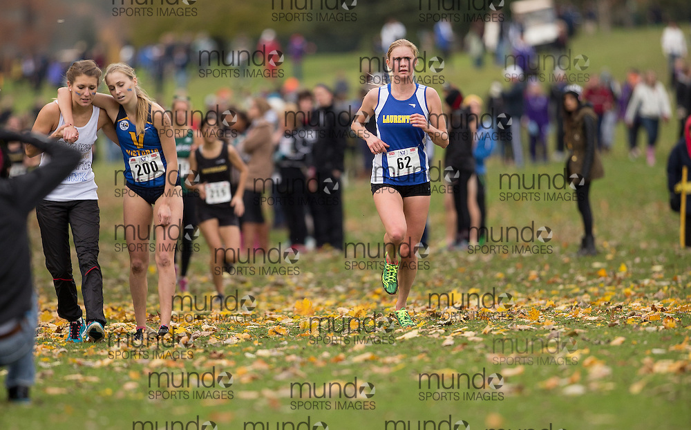 Adrienne Wilson of Laurentian Voyaguers runs in the women's  6K Dash at the 2013 CIS Cross Country Championships in London Ontario, Saturday,  November 9, 2013.<br /> Mundo Sport Images/ Geoff Robins