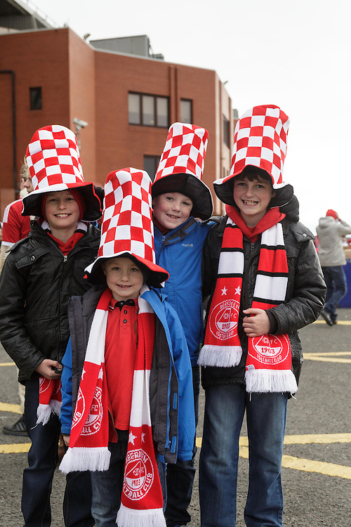 Scottish League Cup Final Aberdeen V Inverness CT at Parkhead on Sunday, 16th of March 2014, Aberdeen Scotland.<br /> Pictured: Young Dons Fans<br /> (Photo Ross Johnston/Newsline Scotland)