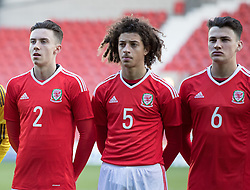WREXHAM, WALES - Thursday, November 10, 2016: Wales' Cameron Coxe, Ethan Ampadu and Regan Poole before kick off against Greece during the UEFA European Under-19 Championship Qualifying Round Group 6 match at the Racecourse Ground. (Pic by Gavin Trafford/Propaganda)