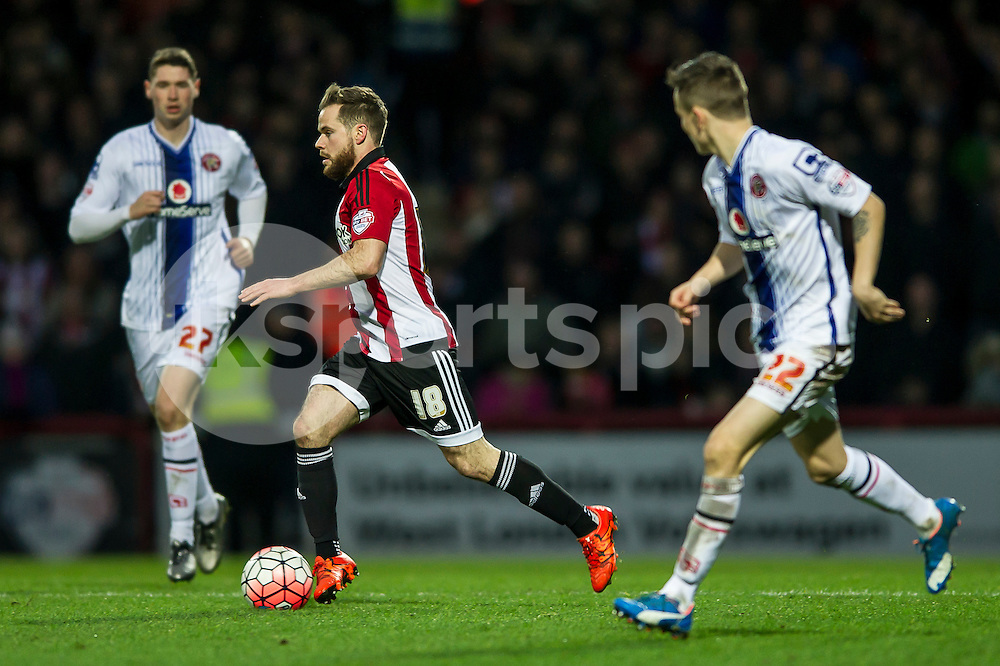 Alan Judge of Brentford during the The FA Cup third round match between Brentford and Walsall at Griffin Park, London, England on 9 January 2016. Photo by Salvio Calabrese.