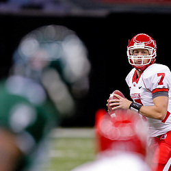 Oct 17, 2009; New Orleans, LA, USA; Houston Cougars quarterback Case Keenum (7) looks to pass during a game against the Tulane Green Wave at the Louisiana Superdome. Houston defeated Tulane 44-16.   Mandatory Credit: Derick E. Hingle-US PRESSWIRE