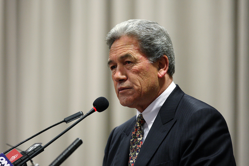 New Zealand First Leader Winston Peters speaks to the public at the Invercargill Working Mens Club, Invercargill, New Zealand, Thursday, November 17, 2011. Credit:SNPA / Dianne Manson.
