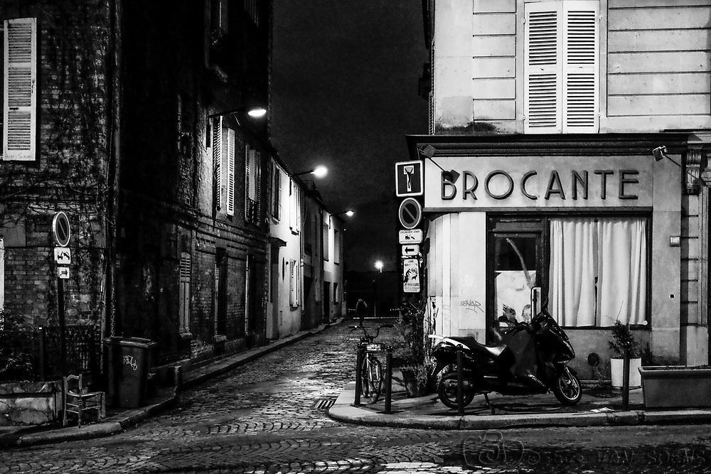Ruelles de Montmartre à Paris - Streets of Montmartre in Paris