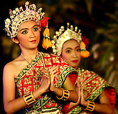 Thai Dancers King's 60th Anniversary Bangkok 11th June 2006