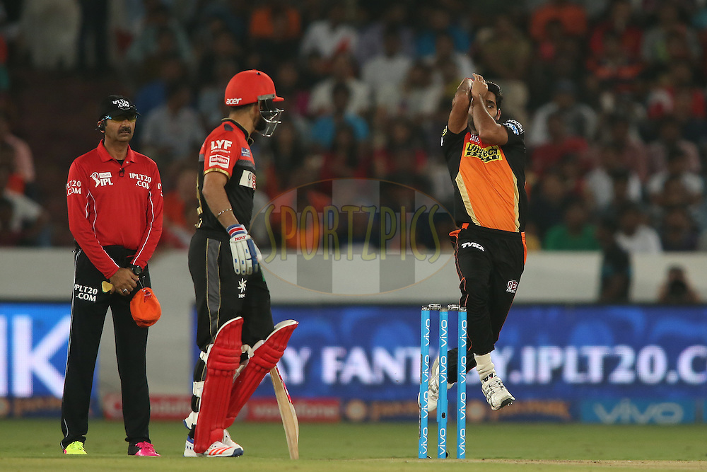 Bhuvneshwar Kumar of Sunrisers Hyderabad sends down a delivery during match 27 of the Vivo IPL 2016 (Indian Premier League) between the Sunrisers Hyderabad and the Royal Challengers Bangalore held at the Rajiv Gandhi Intl. Cricket Stadium, Hyderabad on the 30th April 2016<br /> <br /> Photo by Shaun Roy / IPL/ SPORTZPICS