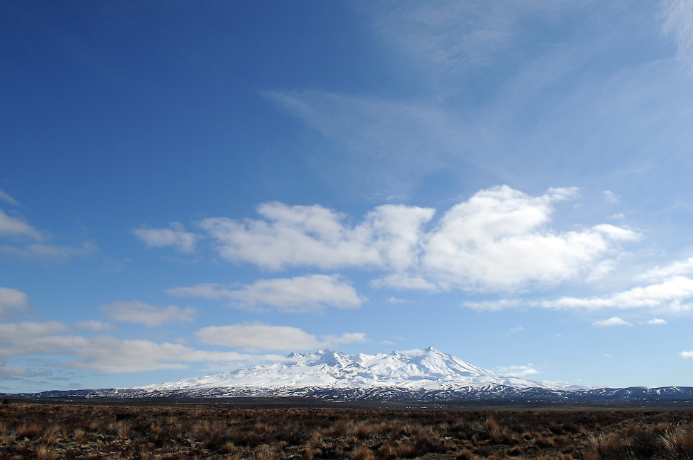 Mt Ruapehu, Desert Road, Waiouru, New Zealand, Wednesday, August 03, 2011. Credit:SNPA / Ross Setford
