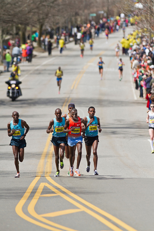 2013 Boston Marathon: lead group of elite men approach Heartbreak Hill