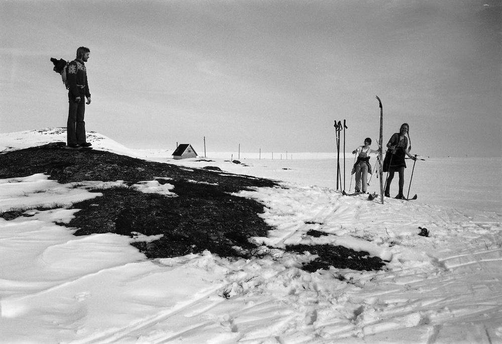På skidor i fjällen kring Tännäs i Härjedalen